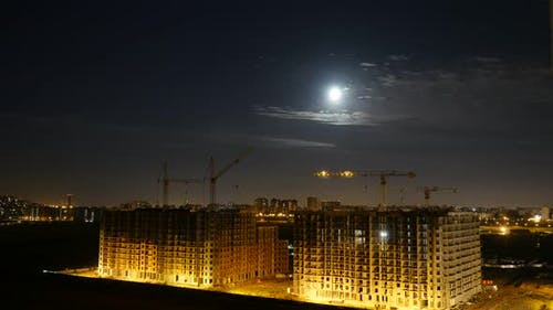 Night City View. Full Moon and Clouds Moving. Time Laps