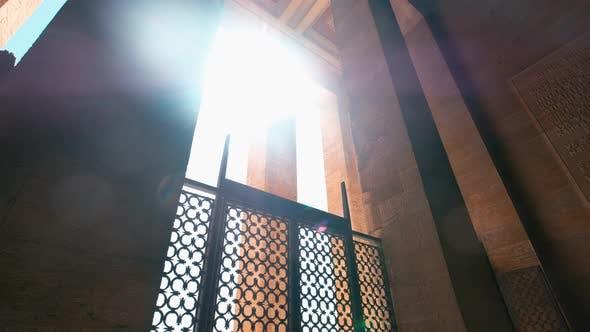 Anıtkabir's Columns and Daylight