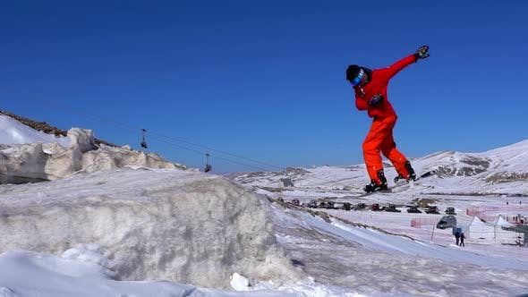 Cover Image for Snowboard Jumping
