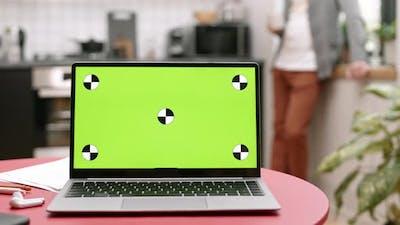Laptop with Chroma Key Screen