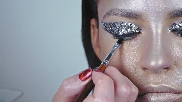 Thumbnail for Art Design Makeup