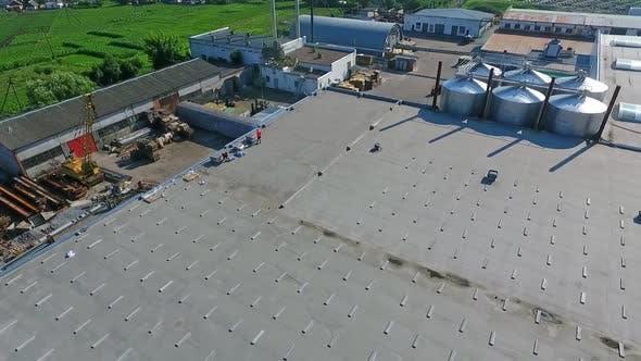 Thumbnail for Building the solar farm on flat roof
