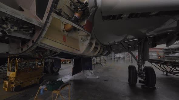 Jet-Flügel wird Wartungsarbeiten durchgeführt