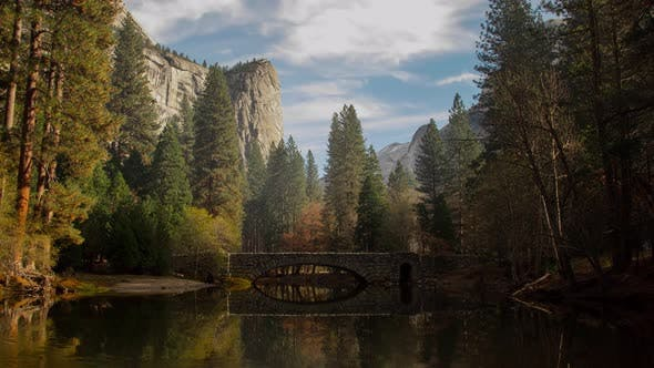 Thumbnail for Yosemite Valley River Time Lapse