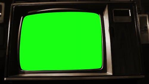 Alter TV Set Grüner Bildschirm. Sepia getönt.