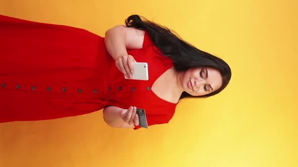 Money Transfer Cashless Payment Obese Woman Card