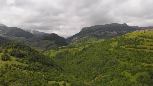 Amazing Emerald Green Valley