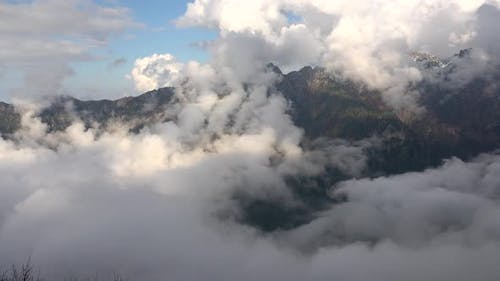 Variable High Continental Mountain Climate Above the Clouds Ambience