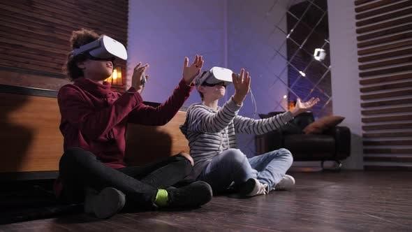Thumbnail for Diverse Friends Exploring Virtual Reality at Home