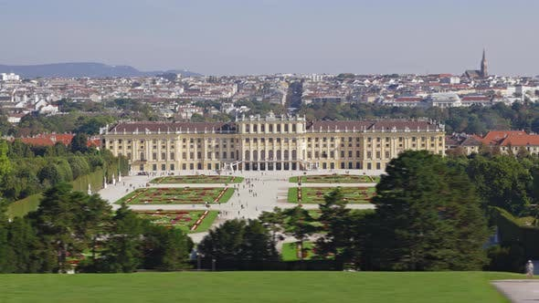 Hyperlapse of Schoenbrunn