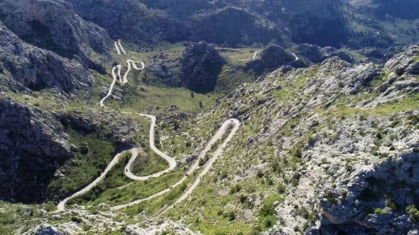 Cover Image for Aerial View Winding Serpentine Road at Mallorca Isle