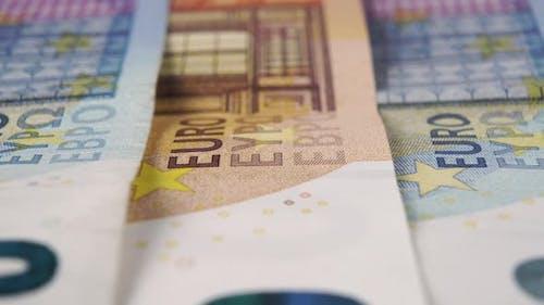 Gestapelte Euro-Banknoten hautnah