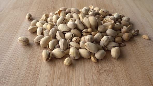 Cover Image for Pistachios Are Flying