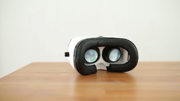 Thumbnail for VR Brille
