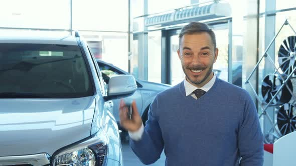 Thumbnail for An Incredibly Happy Buyer Holds the Keys To a New Car