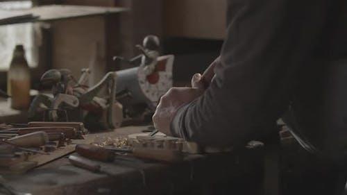 Carver Detail