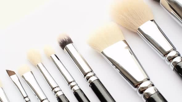 Cover Image for Cosmetic Brush