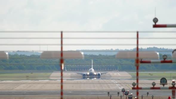 Thumbnail for Jet Airplane Landing in Dusseldorf