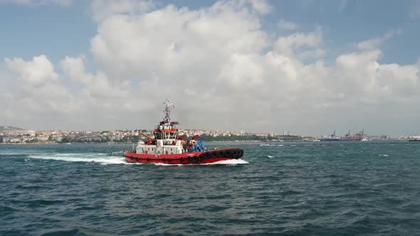 Thumbnail for Tug at the Bosphorus river in Istanbul