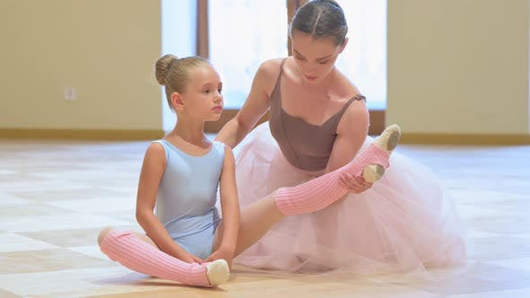 Young Ballerina Rehearsal