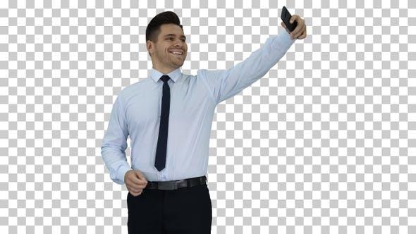Thumbnail for Schöner Mann nimmt ein selfie Fast selfie, Alpha Channel