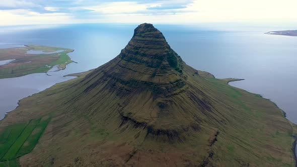 Thumbnail for Flying Above Kirkjufell Mountain in Iceland