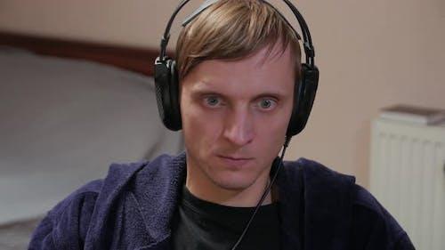 Expressive Gamer At Computer