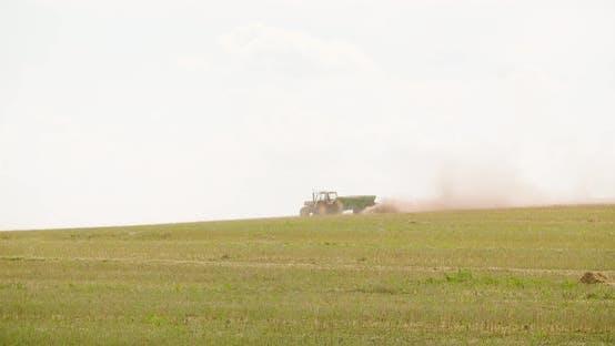 Thumbnail for Traktor Arbeiten auf dem Gebiet der Landwirtschaft
