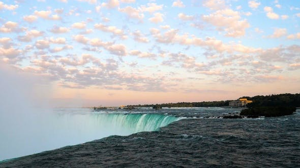 Thumbnail for Niagara falls horse shoe with the sky during sunset.