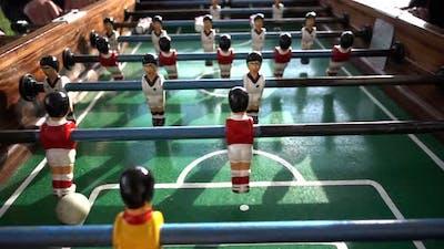 Play Table Soccer
