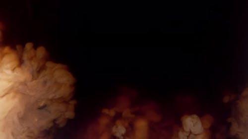 Kaffeekanne wirbelt in Kaffee, Aufnahme mit Phantom Flex 4K bei 1000 Bildern pro Sekunde