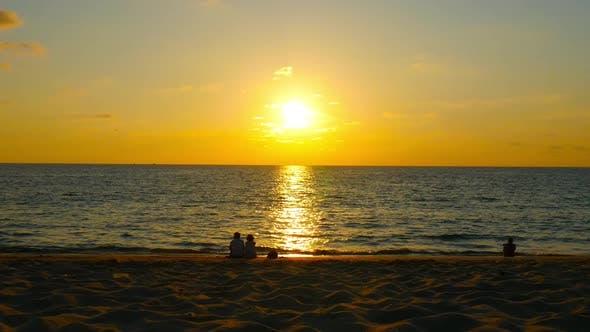 Golden sunset at the ocean