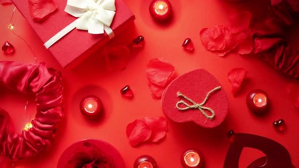 Cover Image for Valentines Day Romantic Decoration with Roses, Boxed Gifts, Candles