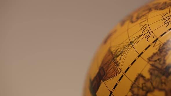 Globe in Motion