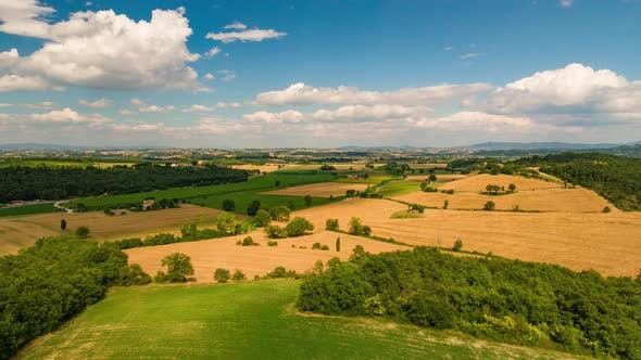 Cover Image for Tuscany Panoramic Landscape with Farmland and Mountain Range, Hyperlapse
