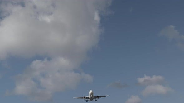 Thumbnail for Looking at Airplane on Approach, Jet Flying Overhead