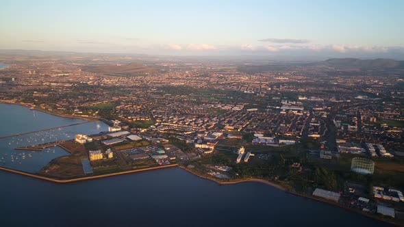 Thumbnail for Flying in to Edinburgh airport Scotland