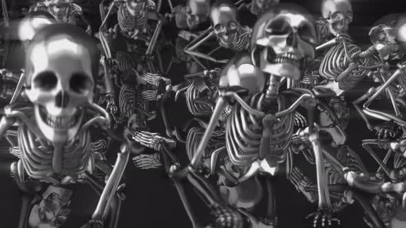 4K metal crawling skeletons