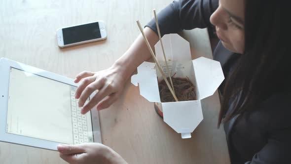 Thumbnail for Senden von E-Mails von Tablet