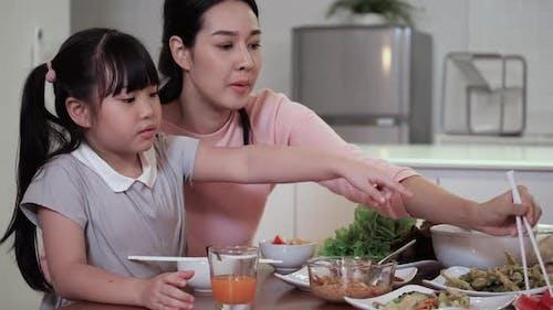 Enjoy dinner of family
