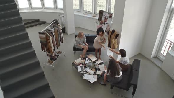 Meeting of Fashion Designers