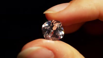Rotation of Diamond in Hands