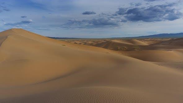 Beatiful Landscape in Desert at Sunset, Timelapse