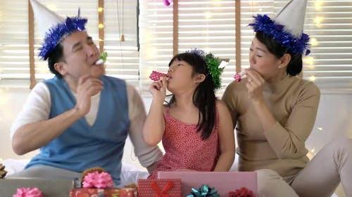 Family enjoy in birthday party
