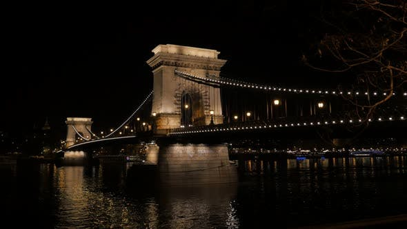 Thumbnail for Night Szechenyi Chain Bridge in Budapest Hungary over river Danube 4K 2160p UltraHD footage -  Chain