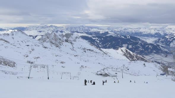 Skiing at Kitzsteinhorn ski resort
