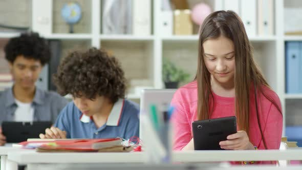 Cover Image for Students with Tablets