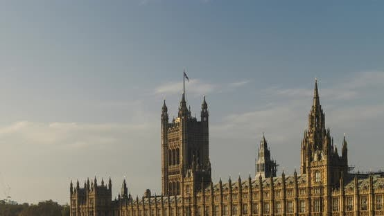 Timelapse of London, time lapse of Houses of Parliament, the iconic building and tourist attraction