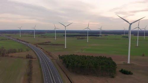 Technologie éolienne du moulin à vent - Vue des Drone aériens sur l'énergie éolienne, éolienne, éolienne, énergie