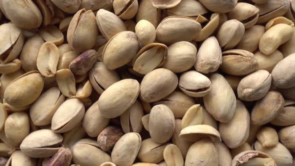 Cover Image for Roasted Pistachios with Salt Rotating Close-Up
